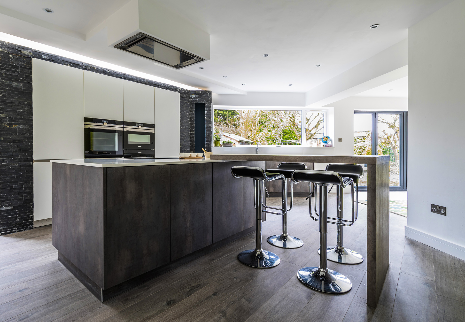 Luxury kitchen installation by trukitchen of wilmslow